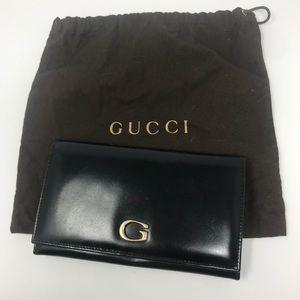 Gucci Vintage Black Leather G Wallet w/ Kisslock